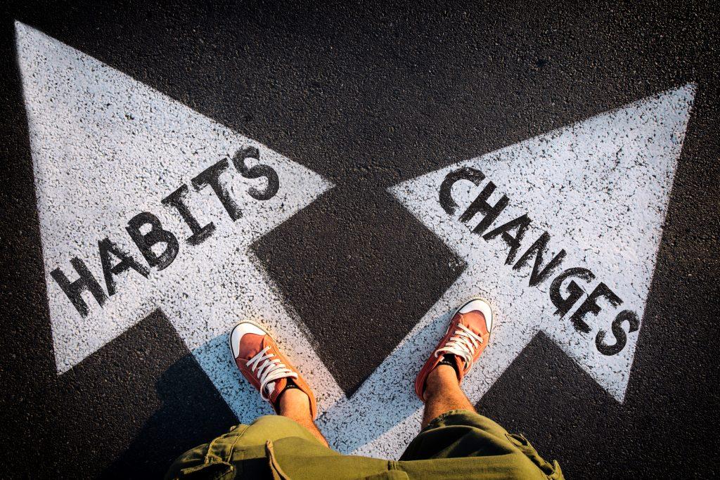 ۸ راهکار برای ترک عادتهای بد