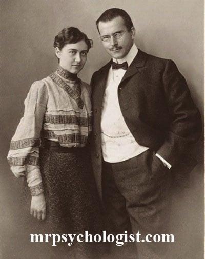 کارل یونگ و همسرش اما یونگ