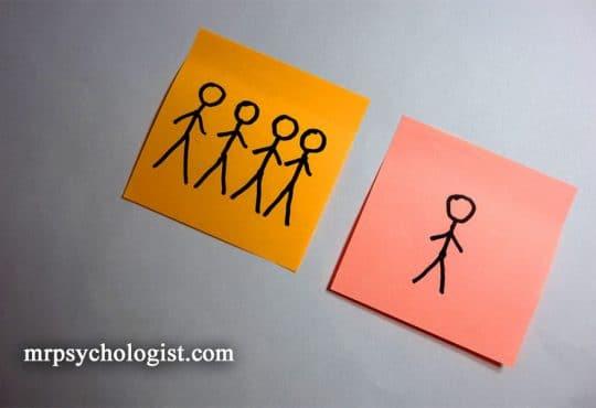 اختلال شخصیت اسکیزوئید یا Schizoid Personality Disorder